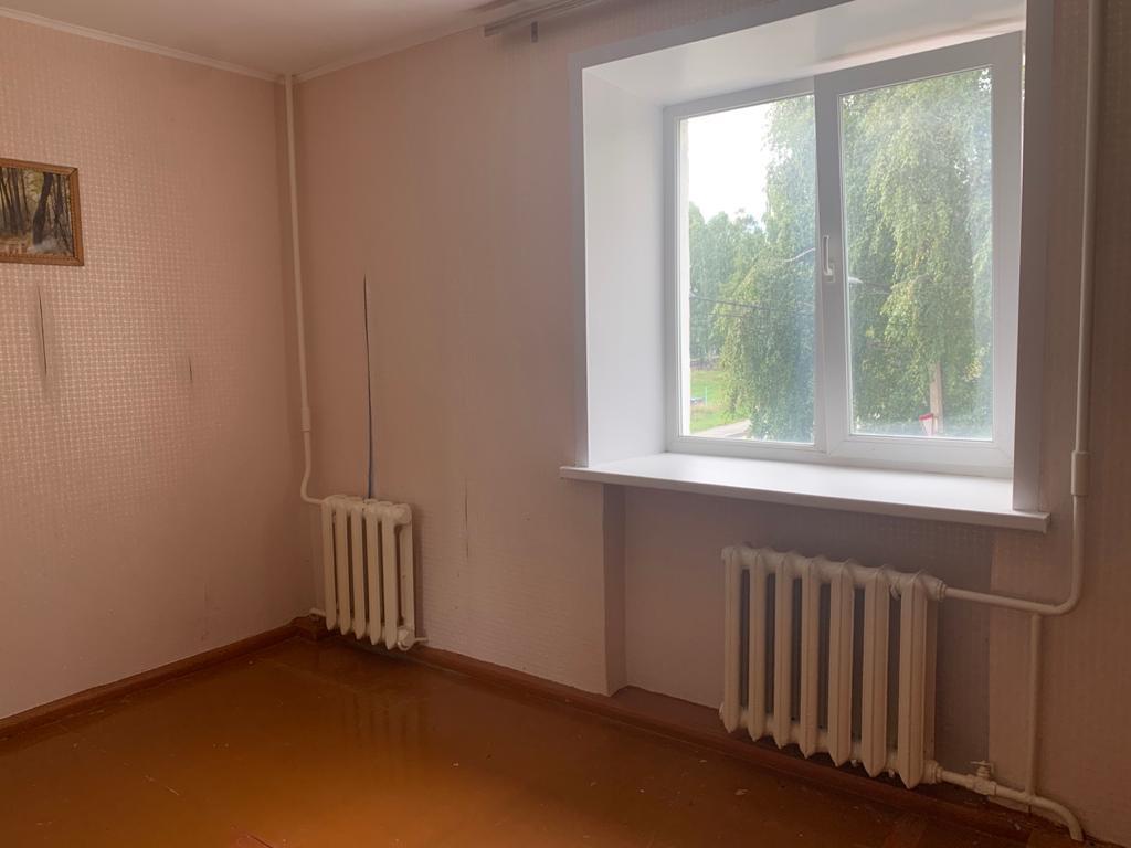 3 комнатная квартира г. Асбест, рп. Малышева, ул. Свободы 17.